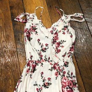 Easel Cold shoulder floral maxi